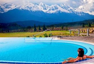 Top 10 – najlepsze baseny hotelowe