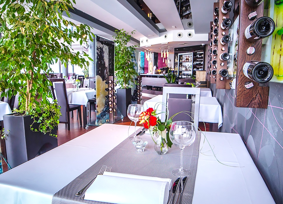 Restauracje hotelowe - Simple