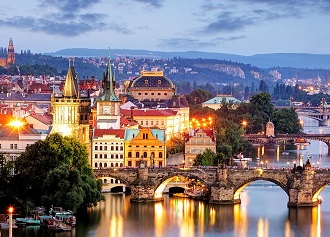 Przewodnik Travelist: największe atrakcje Złotej Pragi
