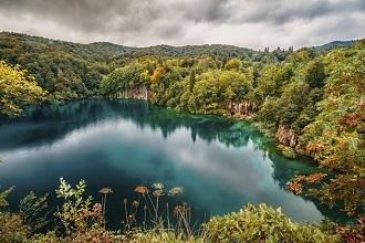 7 idealnych miejsc na jesienny urlop