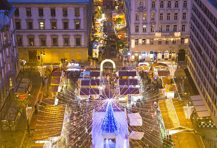 Jarmarki świąteczne - Budapeszt