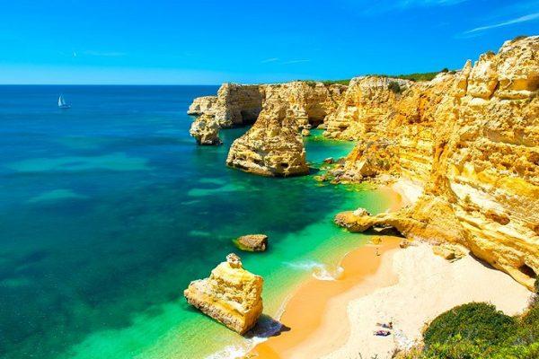 Od Chorwacji po Wyspy Kanaryjskie – najpiękniejsze plaże w Europie