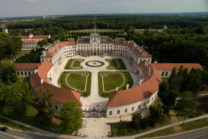Najpiękniejsze pałace w Europie - Pałac rodziny Esterhazy
