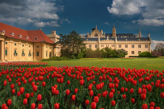 Najpiękniejsze pałace w Europie - Lednice-Valtice
