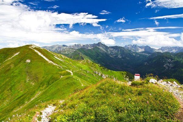 10 górskich szlaków, które trzeba przejść na własnych nogach
