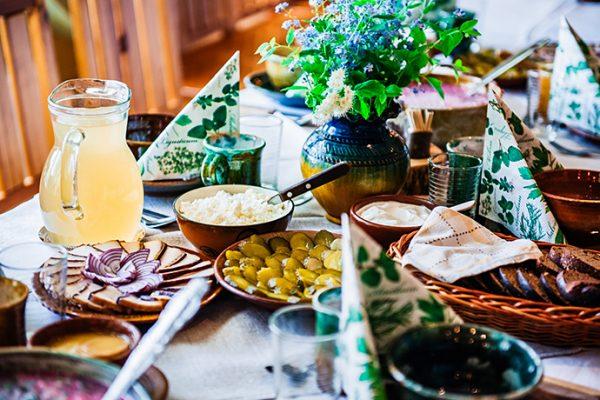 Kulinarna podróż na jesień: polskie smaki regionalne