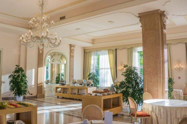 Hotele w zamkach i pałacach – noclegi po królewsku