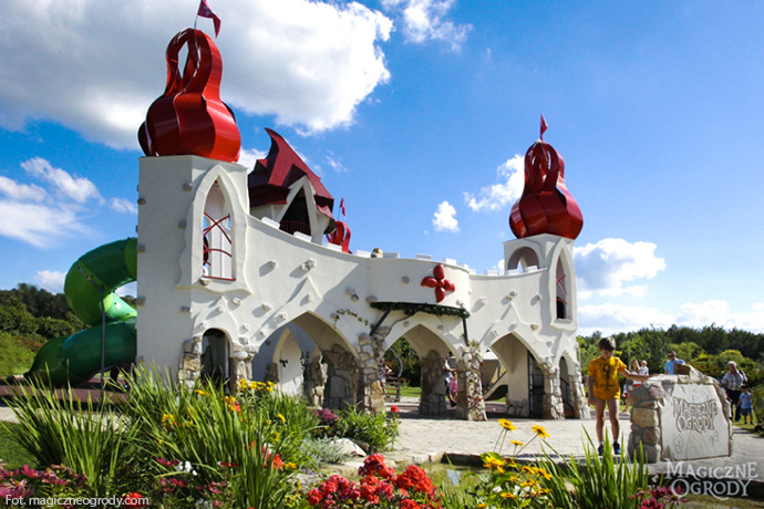 Najlepsze parki rozrywki dla dzieci - Magiczne Ogrody w Janowcu