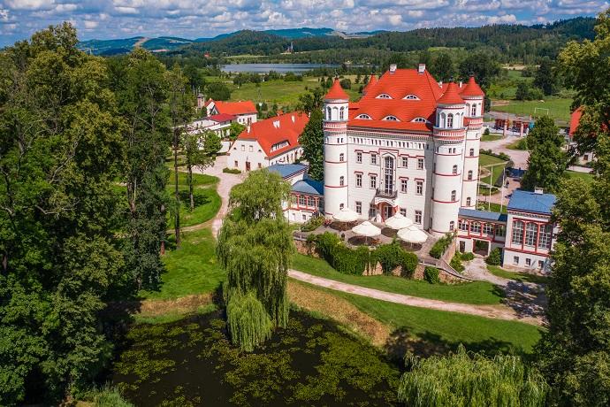 Poznaj Polskę z Travelist: Karkonosze - Pałac Wojanów