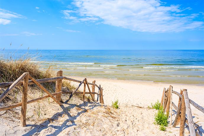 Polskie plaże bez tłoku - Lubiatowo