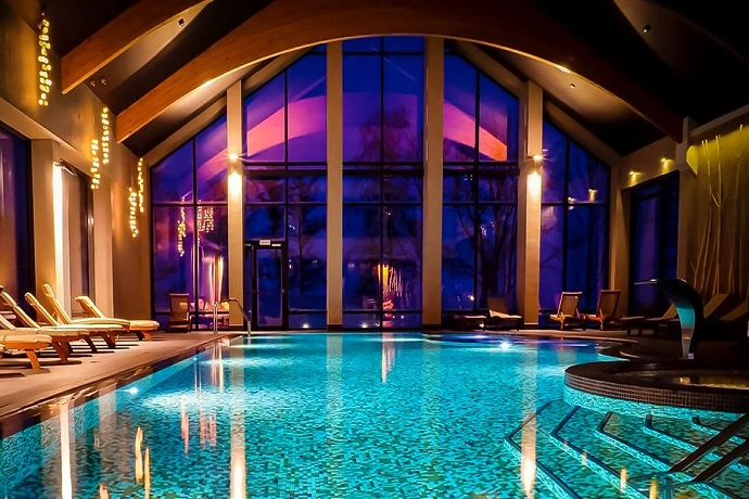 Najlepsze baseny hotelowe - Hotel Marina Club