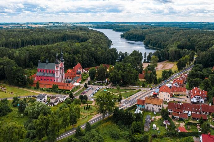 Poznaj Polskę z Travelist: Mazury - Święta Lipka