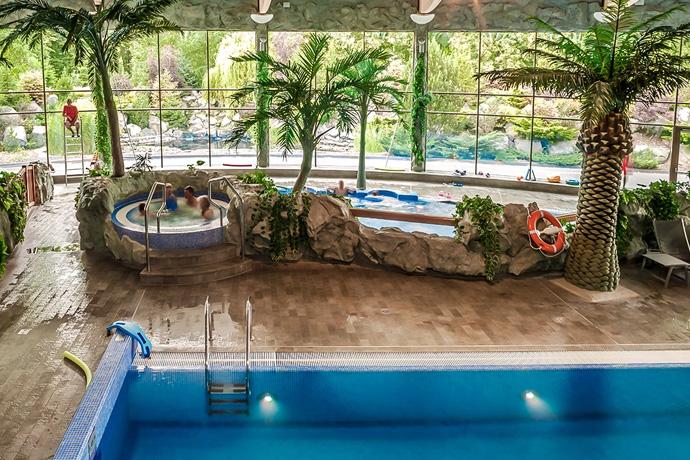 Najlepsze hotele z basenami w Polsce - Hotel Warszawianka