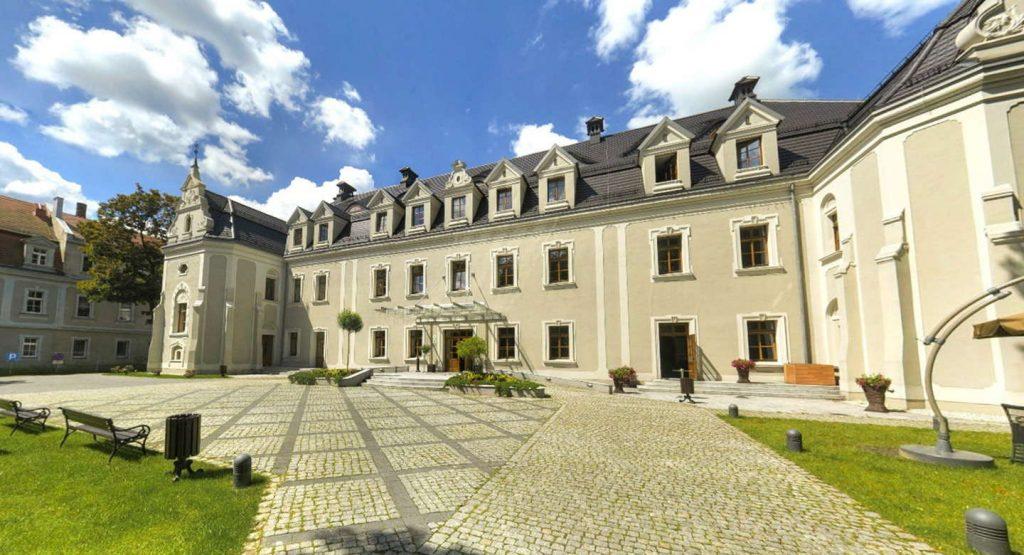 Hotele zamkowe w Polsce - Zamek Lubliniec ***