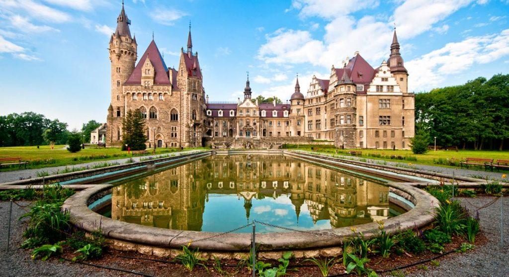 Hotele Zamkowe w Polsce - Zamek Moszna